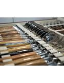 Ménagère prestige, 48 pièces manches en bois divers, avec mitres inox brillant