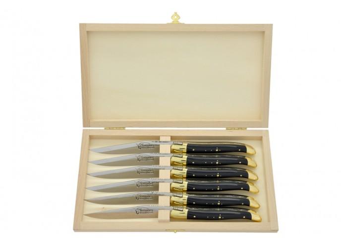 Couteaux de table (couteaux à steak), finition gamme prestige, mitres laiton, manche pointe de corne (foncée)
