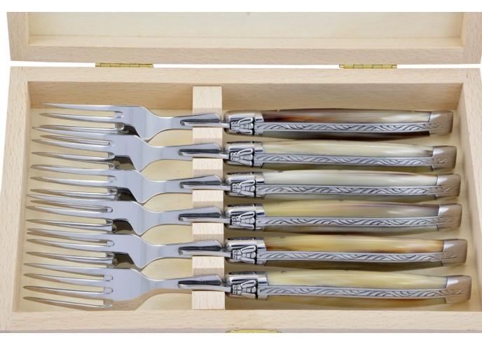 Fourchettes de table, mitres inox brillant, gamme prestige, manche pointe de corne (claire)