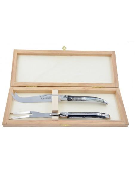 Service à fromage Laguiole. Couteau et fourchette finition inox brillant, manches fin en bois de rose