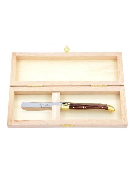 Couteau à beurre Laguiole. Finition laiton avec manche fin en bois de violette