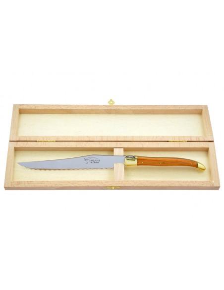 Couteau à pain Laguiole. Finition laiton avec manche fin en bois d'olivier