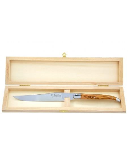 Couteau à découper Laguiole. Manche galbé en bois d'olivier avec deux mitres inox brillant.
