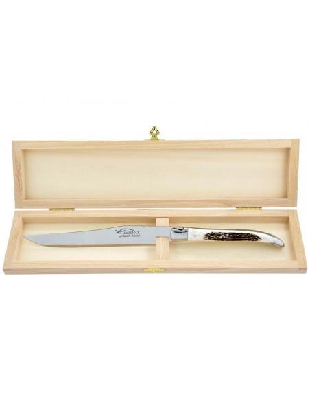 Couteau à découper Laguiole. Manche galbé en bois de cerf avec deux mitres inox brillant.