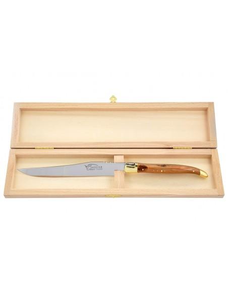 Couteau à découper Laguiole. Manche galbé en genévrier-cade avec deux mitres laiton.