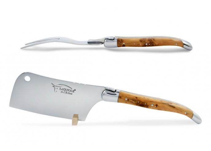 Service à fromage Laguiole. Couperet et fourchette finition inox brillant, manches galbés en genévrier-cade
