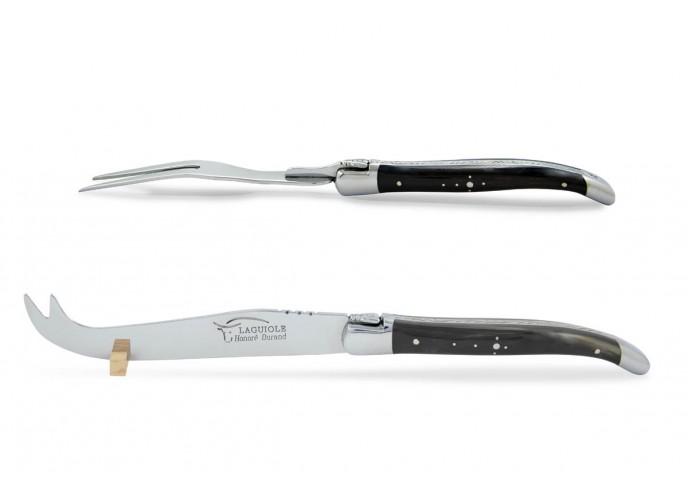 Service à fromage Laguiole. Couteau et fourchette finition inox brillant, manches galbés en pointe de corne foncée