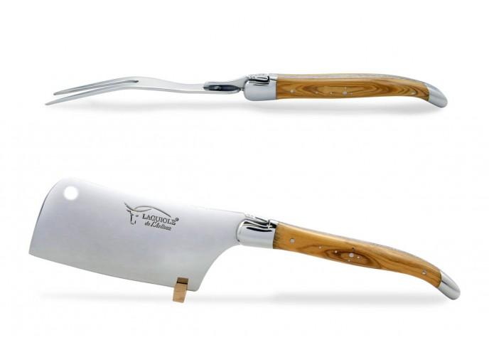 Service à fromage Laguiole. Couperet et fourchette finition inox brillant, manches galbés en bois d'olivier