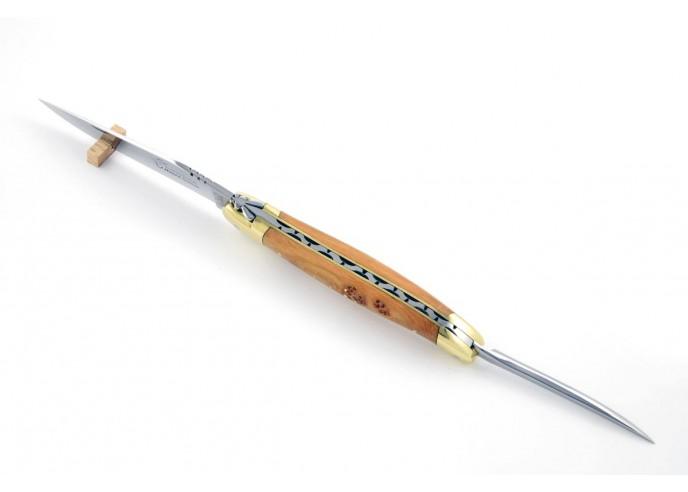 Laguiole pliant, 12 cm, abeille forgée, lame et poinçon, mitres laiton, manche genévrier cade