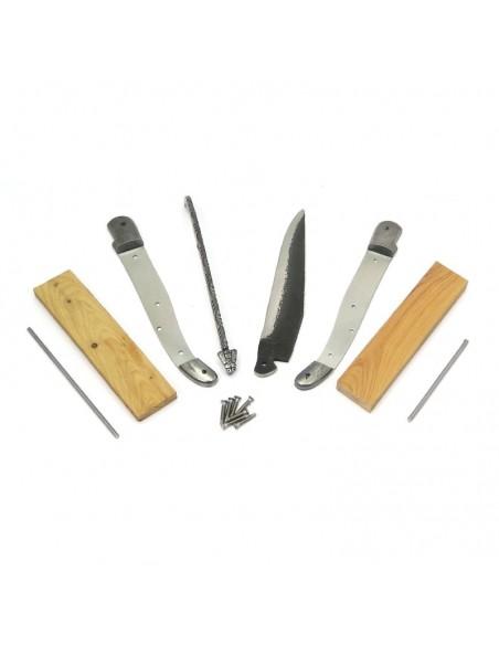 Laguiole en kit 12 cm, lame brut de forge, mitres inox, manche genévrier-cade