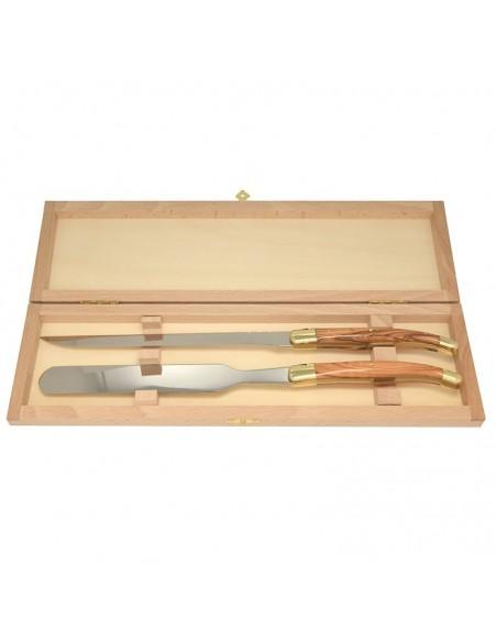 Service à foie gras, couteau et spatule, finition laiton, manche galbé en olivier